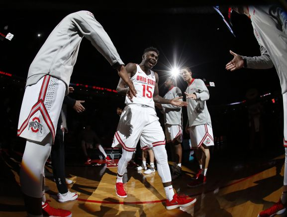 Nov 10, 2017; Columbus, OH, USA; Ohio State Buckeyes guard Kam Williams (15) before the game against the Robert Morris Colonials at Value City Arena. The Buckeyes won 95-64. Mandatory Credit: Joe Maiorana-USA TODAY Sports