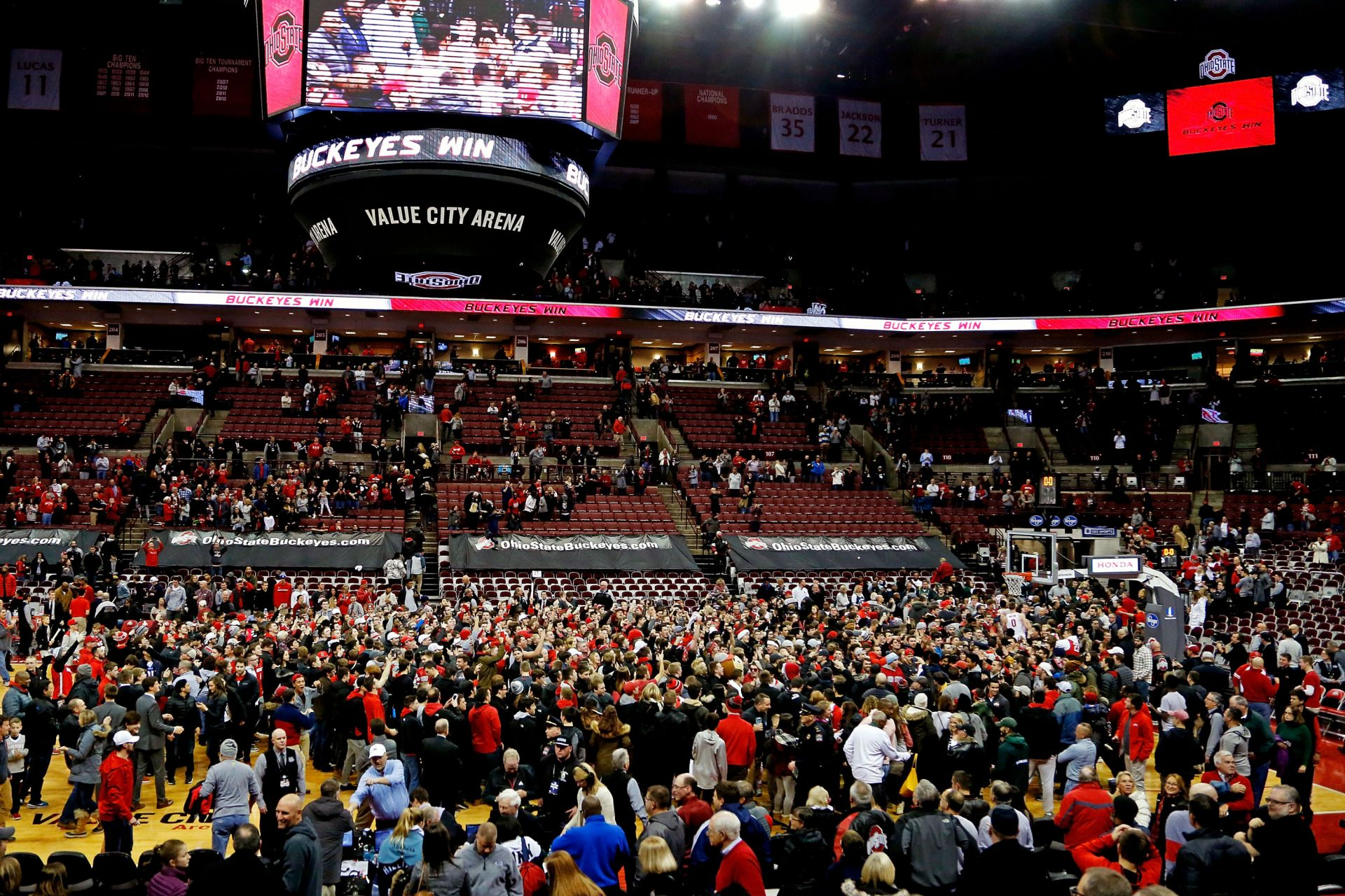Ohio State plays Michigan State at the Schottenstein Center on January 7, 2018 in Columbus, Ohio. Ohio State defeated Michigan State 80-64.