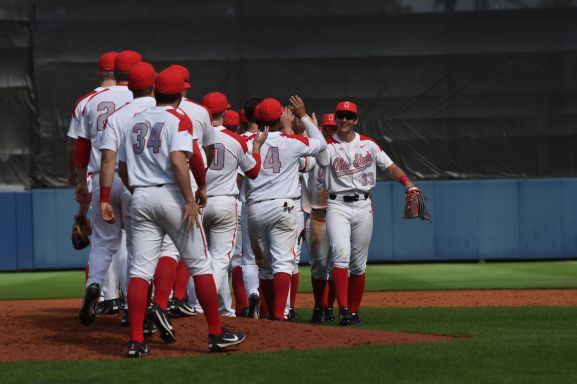 The Ohio State baseball team got the 2018 campaign off to a strong start with a doubleheader sweep at the Snowbird Classic Friday afternoon at Charlotte Sports Park in Port Charlotte, Fla. The Buckeyes (2-0) came from behind to defeat Wisconsin-Milwaukee, 11-7, in game one before taking down Canisius, 6-4, in game two of the twinbill.